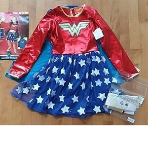 Girls Deluxe Wonder Woman Costume Sz S M L NWT